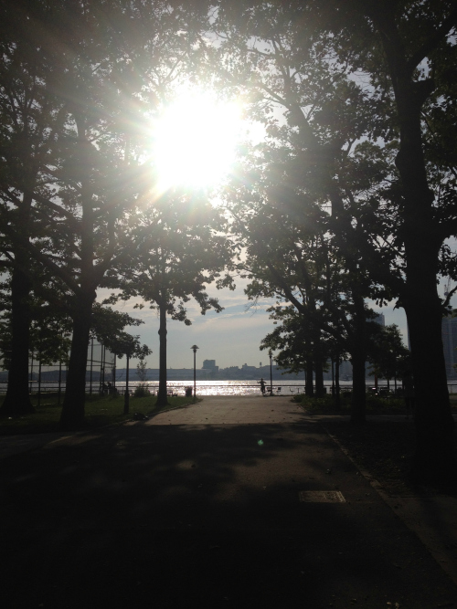 nyc-east-river-park-morning-run
