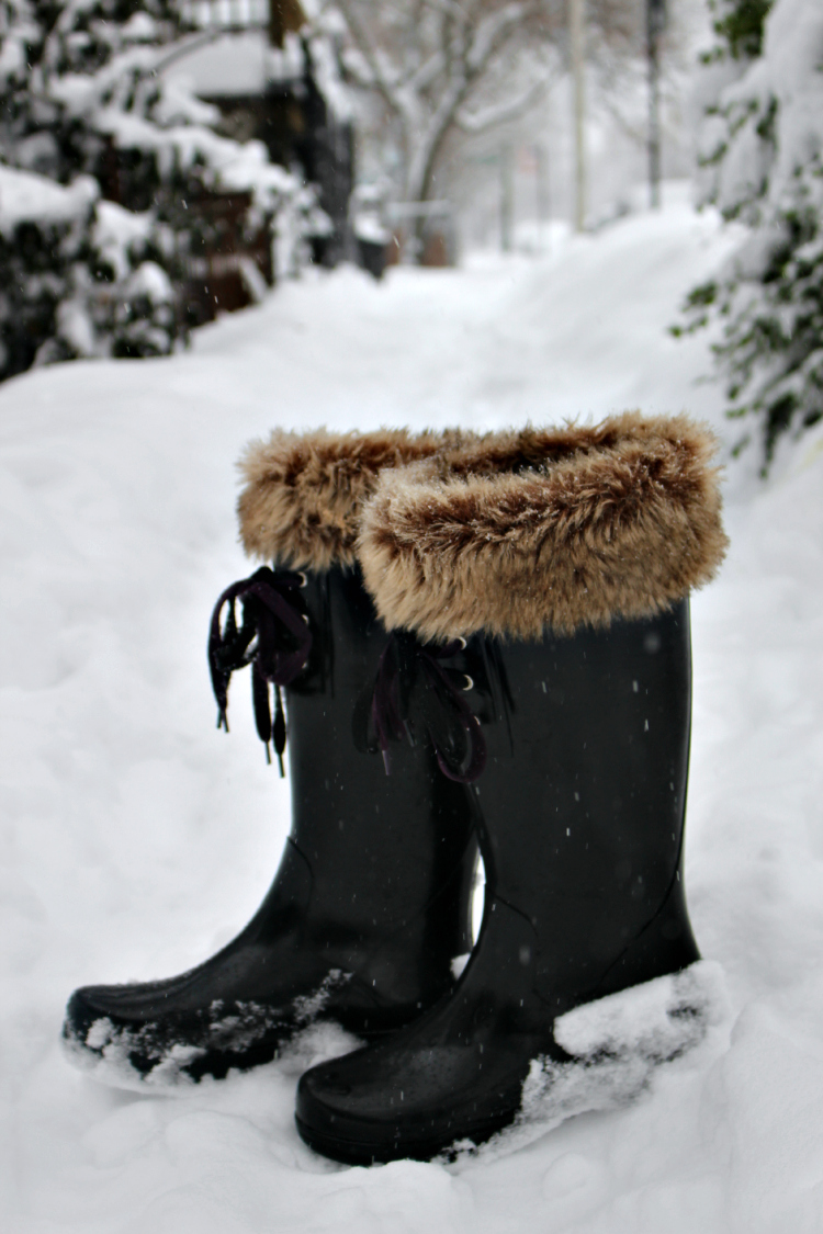 snow-boots-sperry-top-sider-kinks-are-the-new-pink