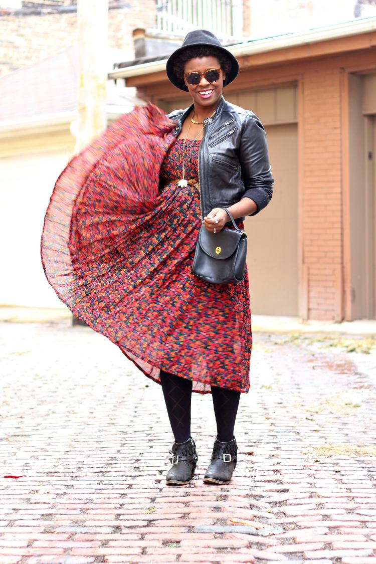 outfit-post-vintage-floral-dress-2.jpg