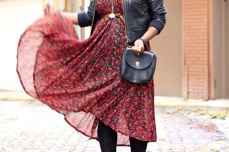 outfit-post-vintage-floral-dress-3.jpg