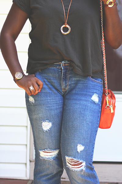 basic-tee-boyfriend-jeans-8