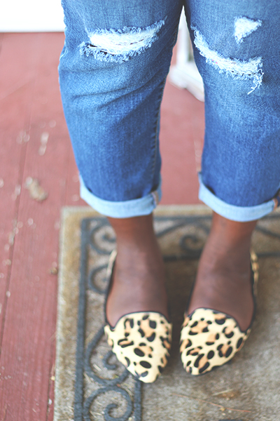 leopard-print-flats-boyfriend-jeans