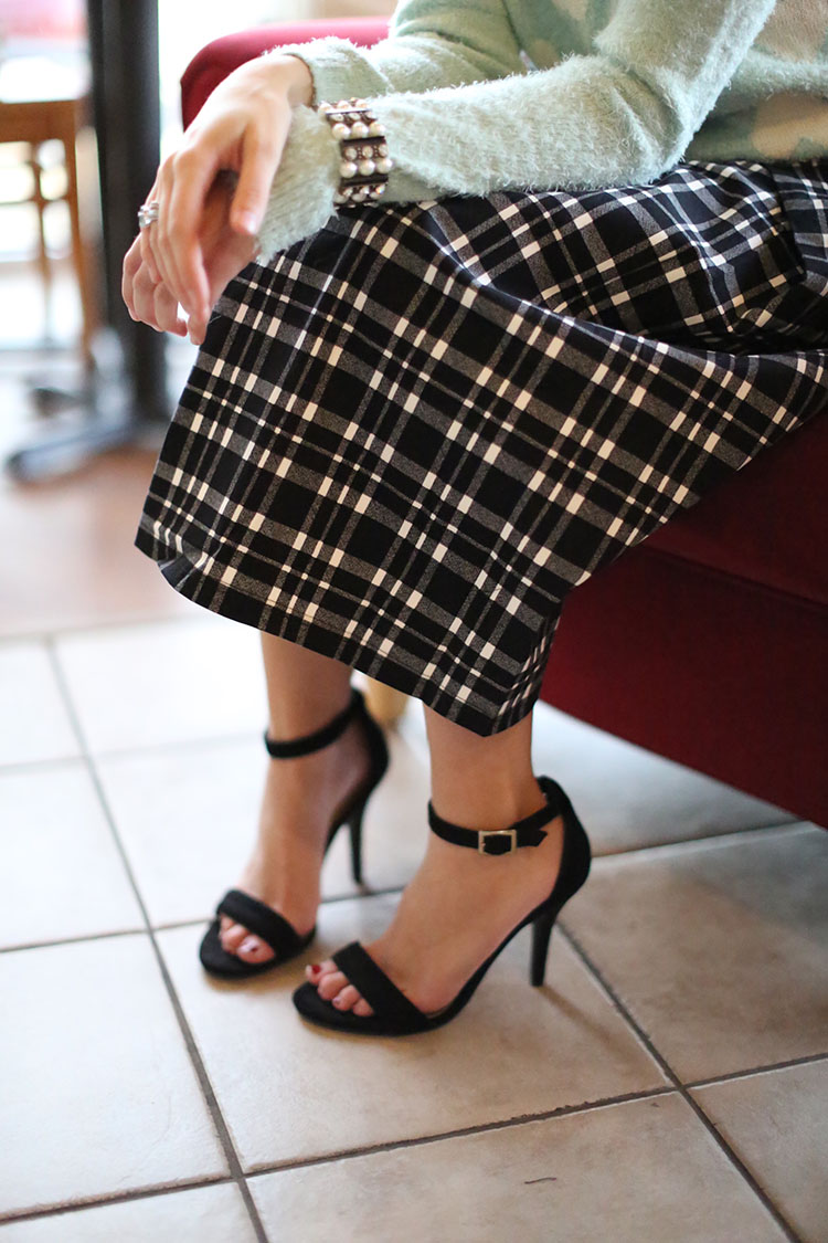 katelyn-now-plaid-midi-skirt-holiday-4