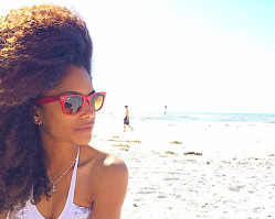 12 Quick + Easy Tips on Caring for Your Natural Hair at the Beach